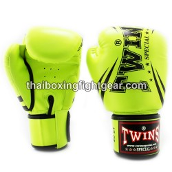 "Twins Special Fancy FBGVS3 Boxing Gloves ""Beginner Edition"" Light Green PU"